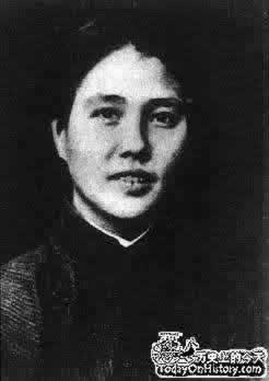 中国妇女运动领袖向警予诞生